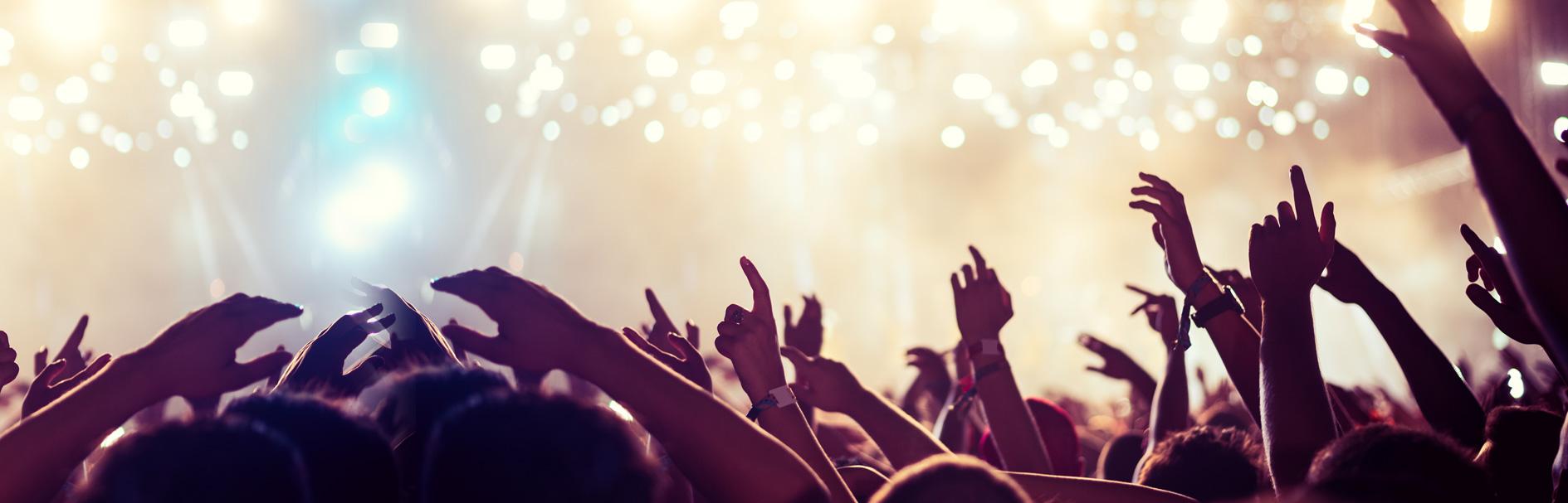 https://www.goldcoasttransportation.com/wp-content/uploads/2019/07/concerts.jpg